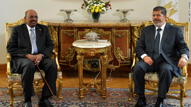 Sudanese President Omar al-Bashir, left, meets with Egyptian President Mohamed Morsy, in Cairo, Egypt.