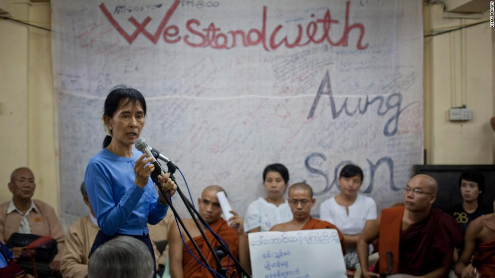 Suu Kyi speaks in Yangon during a meeting to mark Human RIghts Day on December 10, 2010.