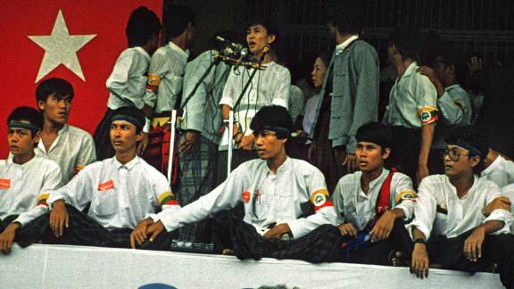 Suu Kyi speaks in Yangon during an anti-military regime rally on August 26, 1988.