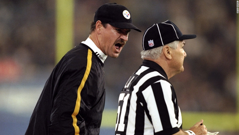 A regular NFL referee screwed up the call on an overtime coin toss on  Thanksgiving Day 9cf773765