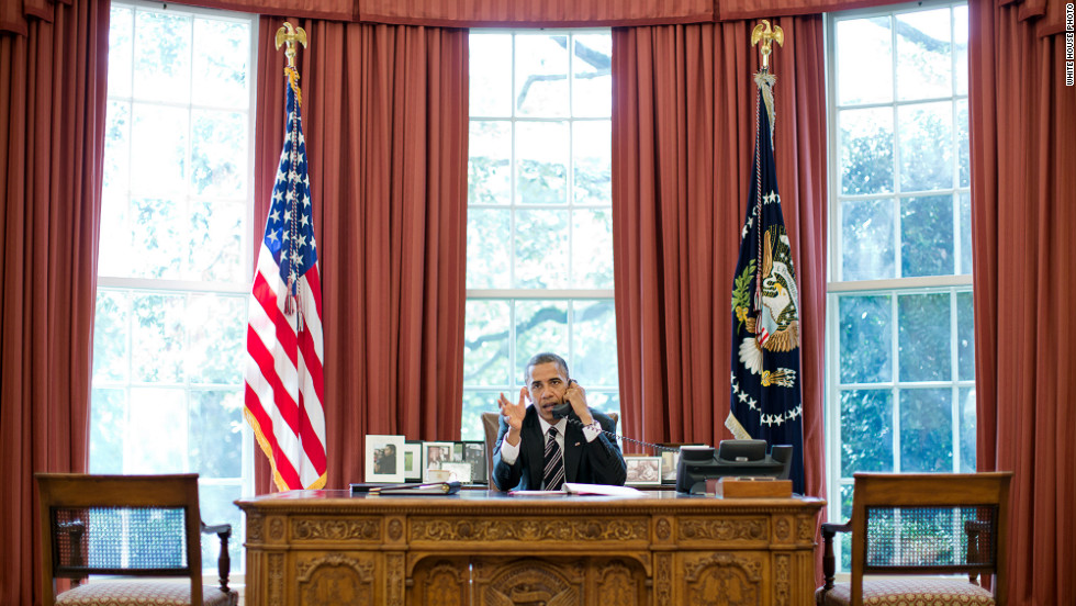 Obama talks on the phone with Prime Minister Benjamin Netanyahu of Israel in the Oval Office on Friday, September 28.