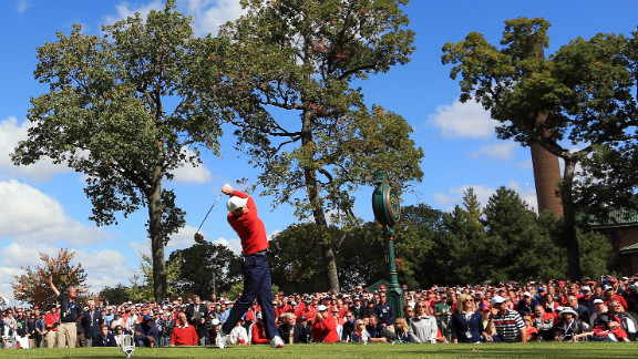 Keegan Bradley of the United States hits his tee shot on the first hole Sunday.