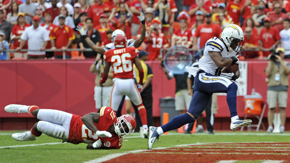 Eddie Royal of the San Diego Chargers rushes in for a touchdown Sunday against the Kansas City Chiefs at Arrowhead Stadium in Kansas City, Missouri.