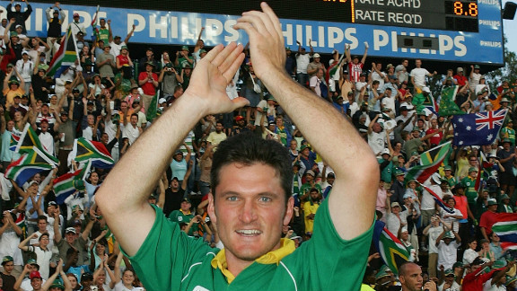 It is the one-day cricket international that may never be equalled. Set a world record score of 435 to win in their allotted 50 overs, Graeme Smith
