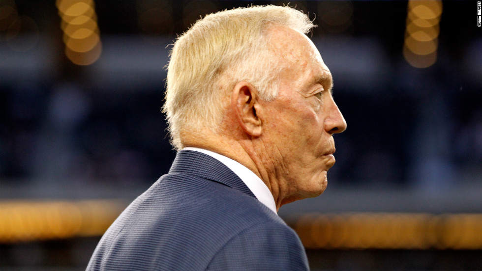 Team owner Jerry Jones of the Cowboys looks on as his team plays the Bears on Monday.