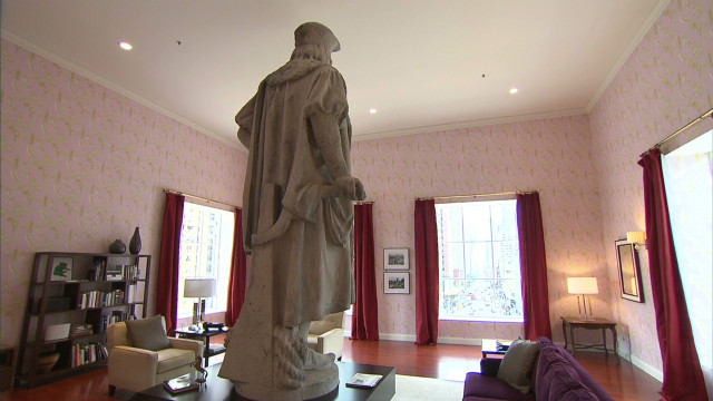 statues for living room new york s columbus statue gets its own apartment cnn 14987