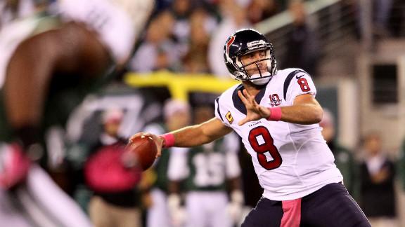 Texans quarterback Matt Schaub throws a touchdown pass to Owen Daniels on Monday.