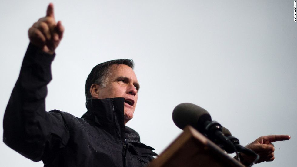 Rain doesn't keep Romney from campaigning in Newport News, Virginia, on Monday, October 8.