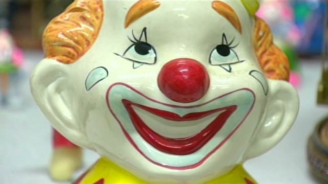 Guy inherits 13,000 clowns