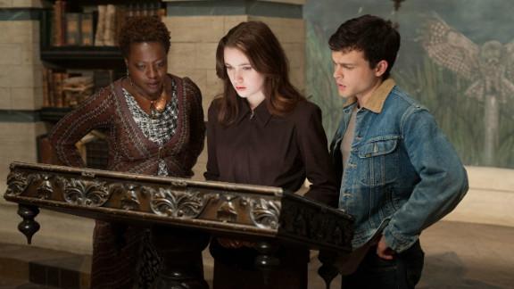 """Viola Davis, Alice Englert and Alden Ehrenreich star in """"Beautiful Creatures."""""""