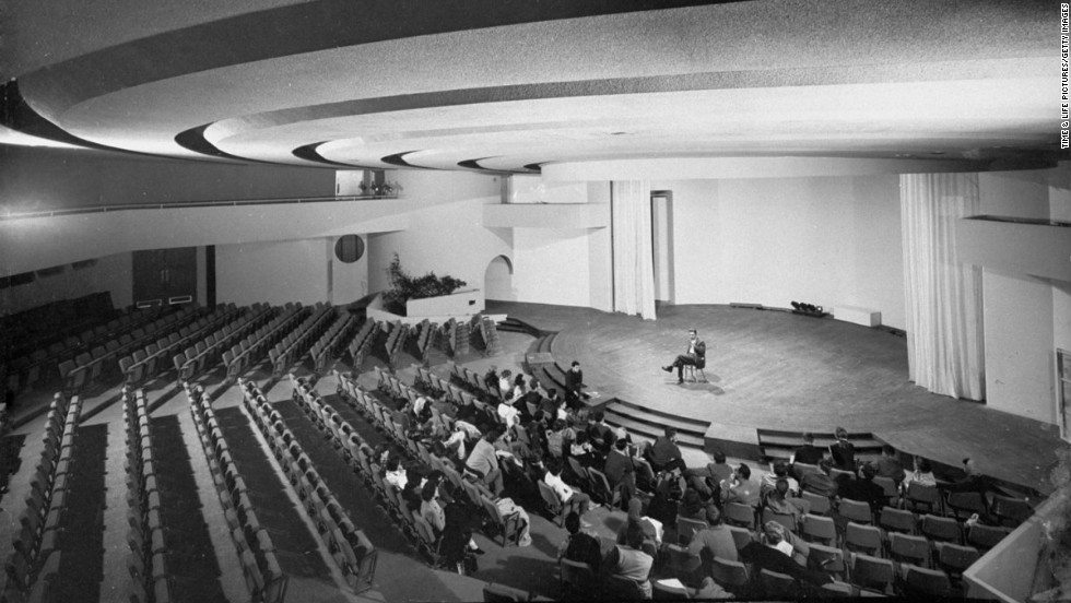 The interior of the Kalita Humphreys Theater in Dallas, 1960.
