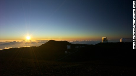 Mauna Kea's unparalleled height also means unparalleled views: not just of the ocean but of the sky.