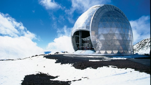 Mauana Kea is the world's tallest moutain -- taller even than Mt. Everest -- which makes it ideal for observatories.