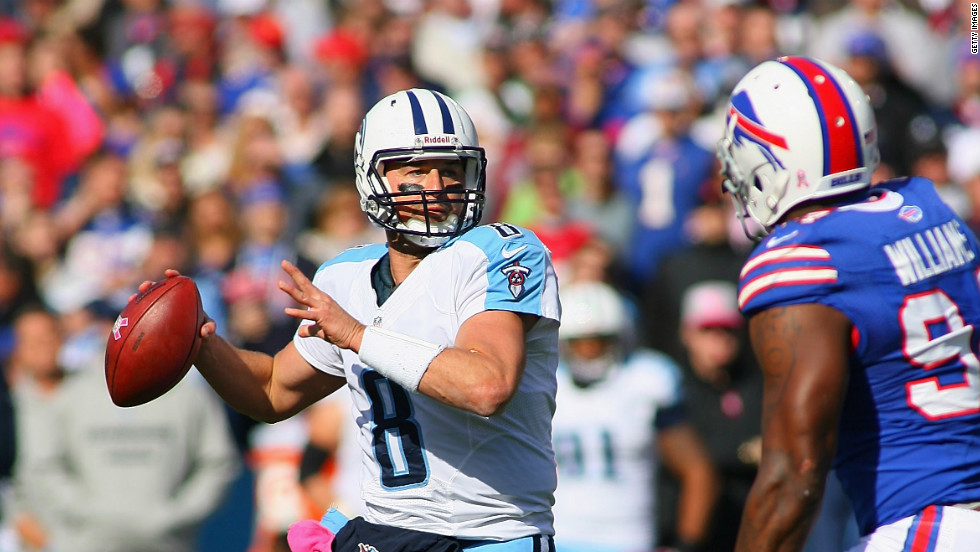 Titans quarterback Matt Hasselbeck looks to pass during Sunday's game against the Bills.