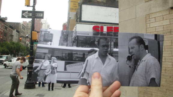John McClane (Bruce Willis) and Zeus Carter (Samuel L. Jackson) stop to take a call from Simon Gruber (Jeremy Irons) at the 72nd Street subway station (at Broadway).