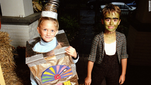 4 Homemade Halloween Costume Ideas From A Cardboard Box Cnn