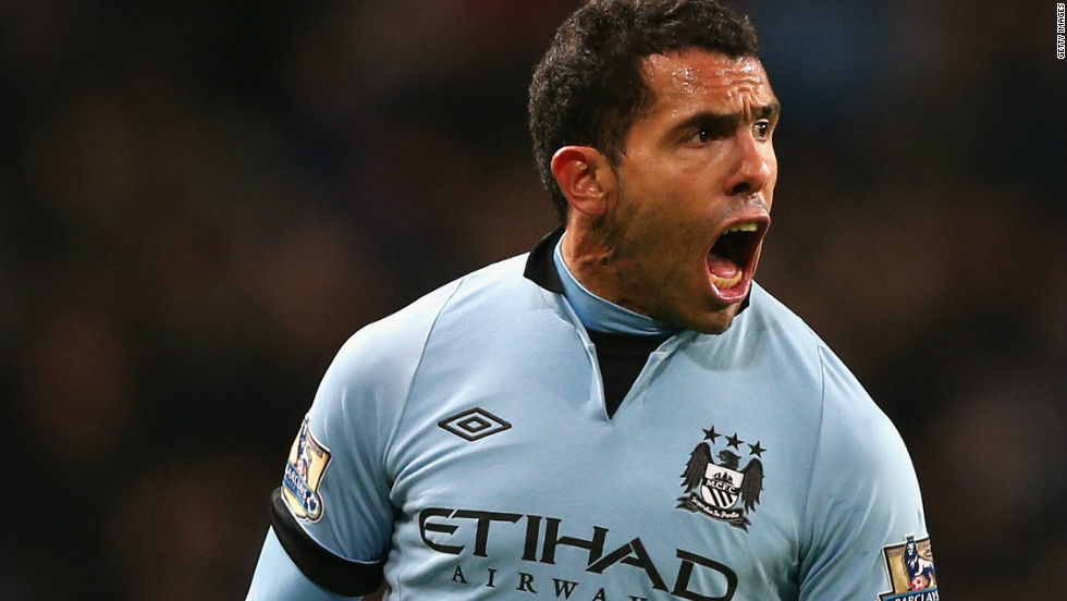 02d7cacad72 Carlos Tevez celebrates after scoring the only goal in Manchester  City  39 s 1