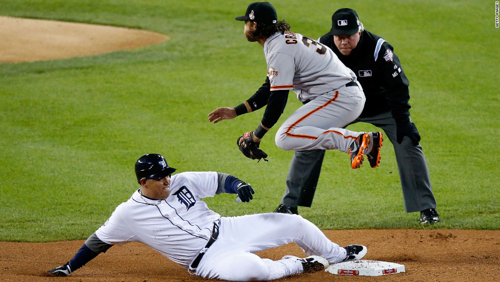 Brandon Crawford of the Giants forces out Cabrera on a double play in the first inning.