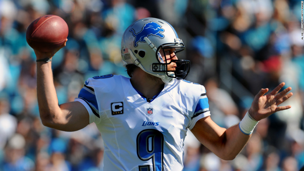 Quarterback Matthew Stafford of the Lions sets to pass against the Jaguars on Sunday.