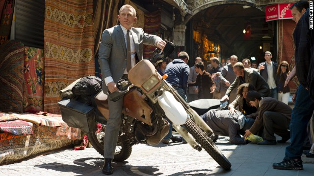 "As James Bond, actor Daniel Craig pulls off all types of feats in ""Skyfall."""
