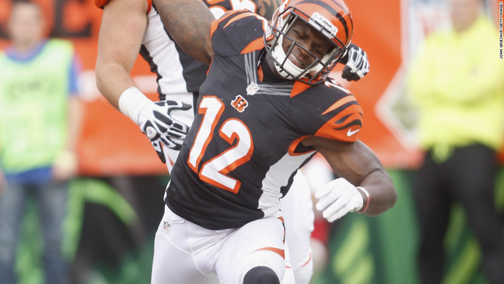 Mohamed Sanu of the Bengals celebrates a touchdown against the Giants on Sunday.