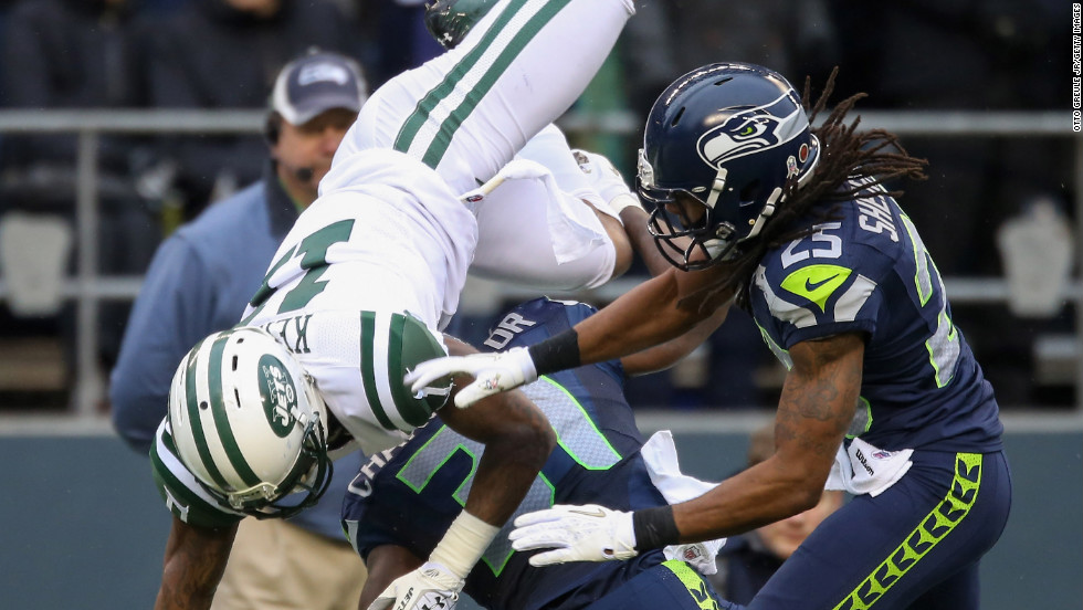 Strong safety Kam Chancellor of the Seahawks breaks up a pass against wide receiver Jeremy Kerley of the Jets on Sunday.
