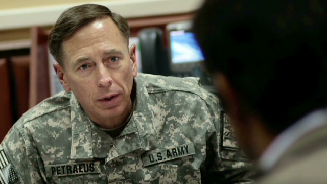 Phillips: Petraeus says he screwed up