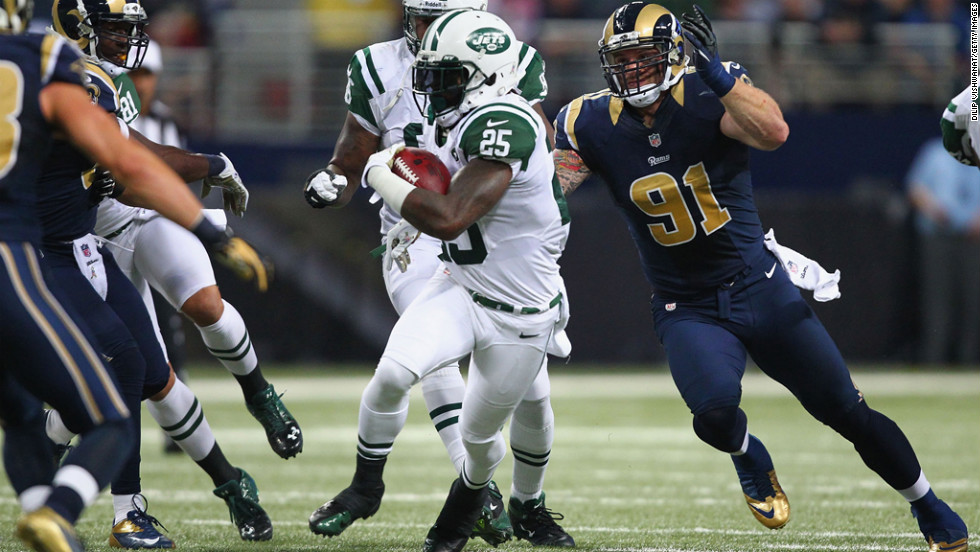 Chris Long of the Rams looks to tackle Joe McKnight of the Jets on Sunday.