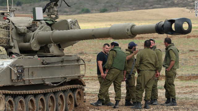 Israel weighs risk of Gaza invasion