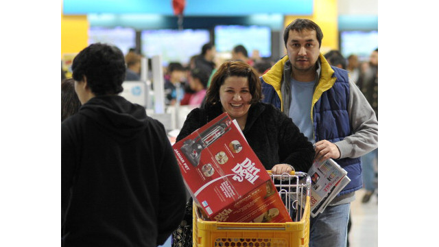 Black Friday lures shoppers