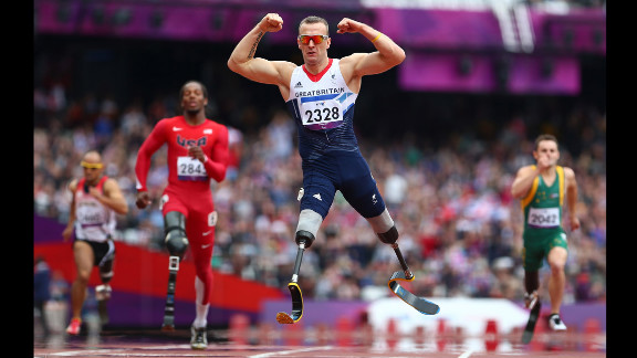 Richard Whitehead of Great Britain celebrates winning gold in the Men