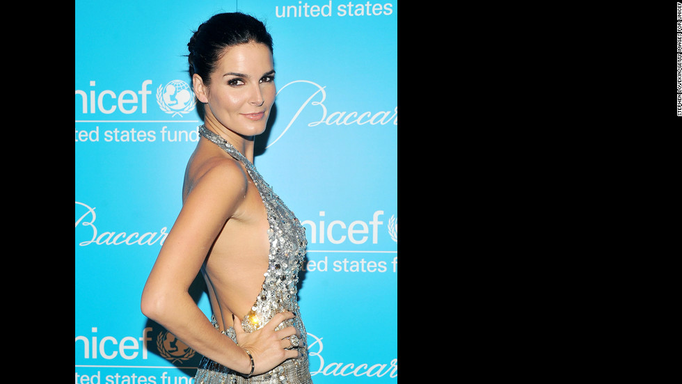 "Star of ""Rizzoli and Isles"" Angie Harmon is 40."