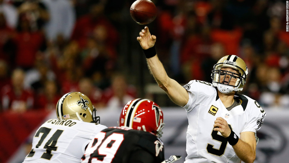Quarterback Drew Brees of the New Orleans Saints passes against the Atlanta Falcons at the Georgia Dome on Thursday.