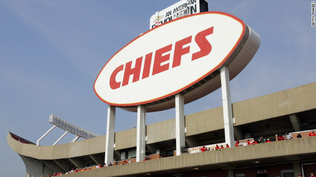 "The suspicious death outside Arrowhead Stadium on Sunday did not involve any kind of ""fan rivalry,"" police said."