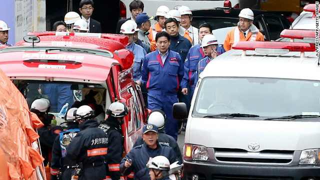 Busy highway tunnel collapses in Japan