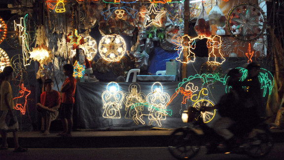"""Known as the country with """"the longest Christmas season in the world,"""" Filipinos get the Christmas festivities rolling in September, and extend them well through January. The country"""