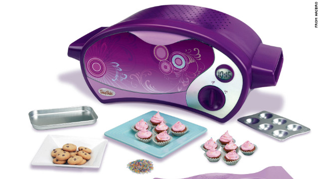 Popular Teenage Toys : Hasbro to unveil black and silver easy bake oven after