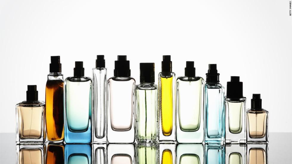 Không còn nước hoa bà!  Tìm hiểu những ghi chú mới mà bạn đã thu hút và điều gì sẽ khiến mùi hương đặc trưng của bạn nán lại.