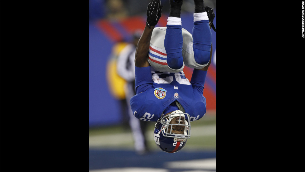 Giants running back David Wilson celebrates his touchdown on a punt return against the Saints on Sunday.