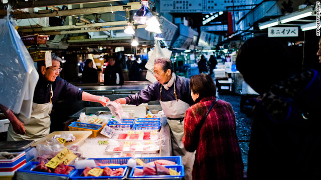 Tokyo's Tsukiji fish market handles approximately 3,000 tons of fish and other seafood per day.