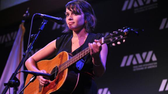Among Shankar's survivors is his daughter, musician Norah Jones.