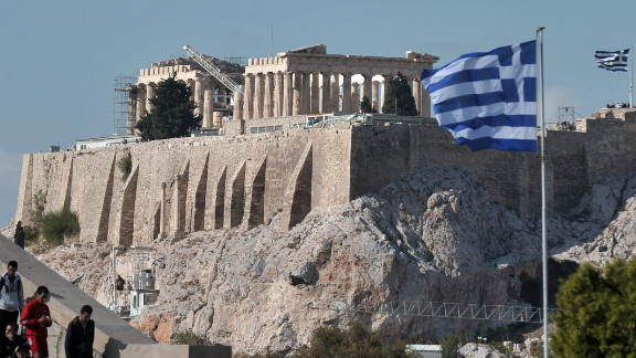 Risky bets on Greek bonds have made a handful of hedge funds huge amounts this year.