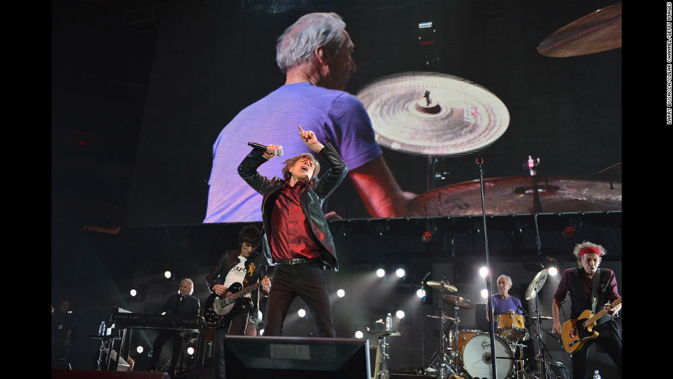 Ronnie Wood, Mick Jagger, and Keith Richards of The Rolling Stones participated in the benefit.