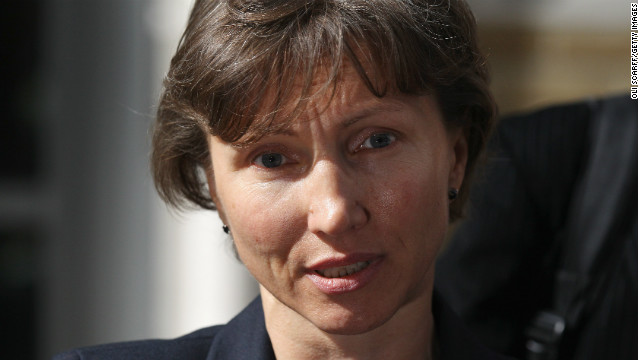 Marina Litvinenko, the widow of ex-Russian spy Alexander Litvinenko, addresses the media following a pre-inquest review hearing on September 20, 2012 in London