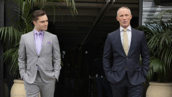 Although someone was buried back in season two, it wasn't really Chuck Bass' father, Bart. The NYC business titan faked his death, only to return near the end of the fifth season and refresh his rivalry with his son.