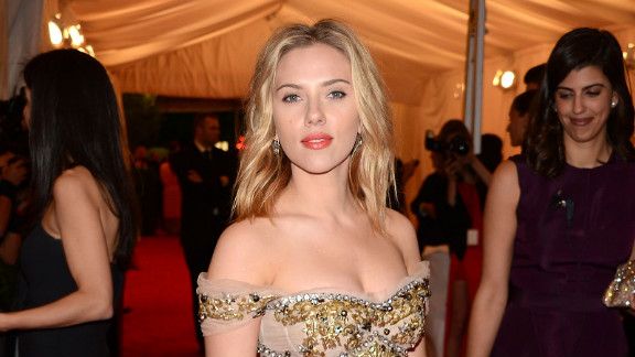 "Actress Scarlett Johansson was among the celebrities victimized by ""hackerazzi"" Christopher Chaney."
