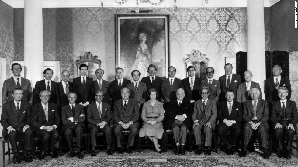 Thatcher with her new Cabinet in June 1979.