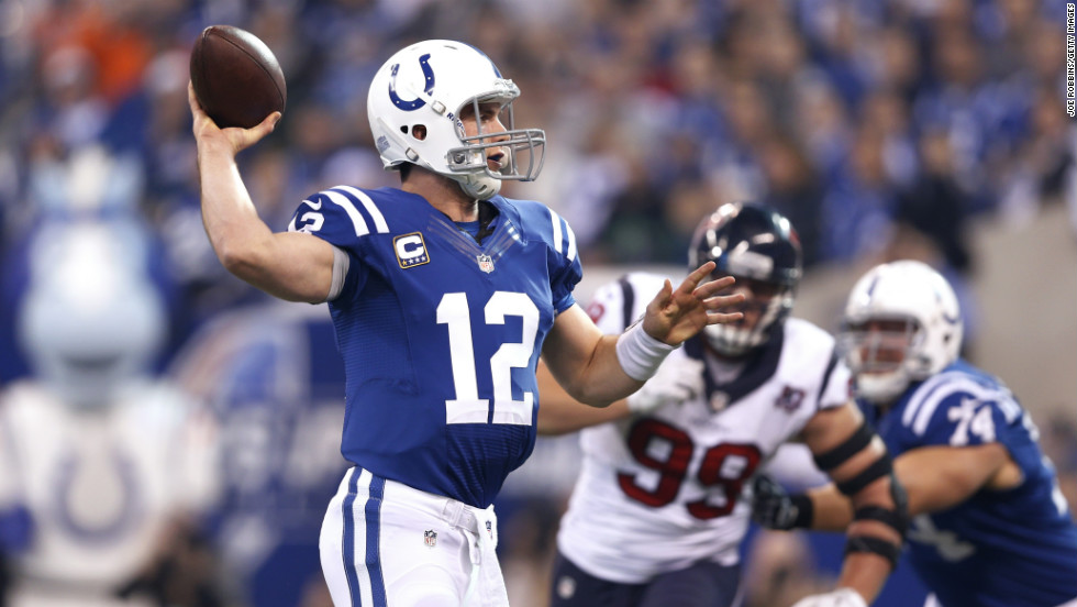 Andrew Luck of the Indianapolis Colts passes the ball against the Houston Texans on Sunday.