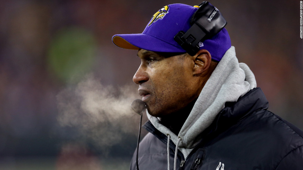 Minnesota head coach Leslie Frazier watches the action in the first quarter.