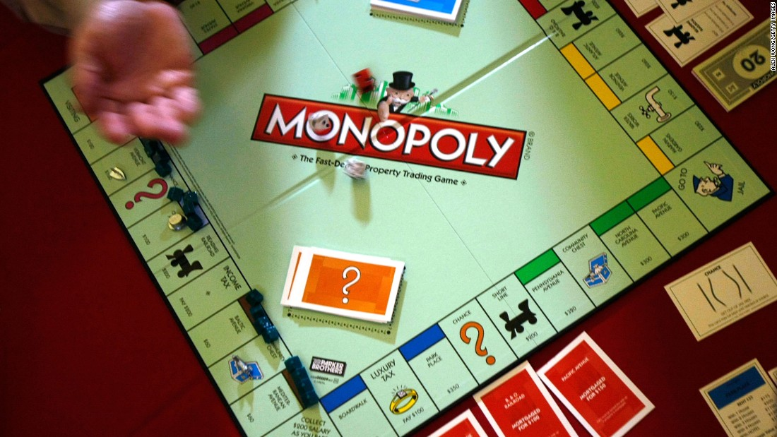 Monopoly Set Being Released With Real Money Cnn